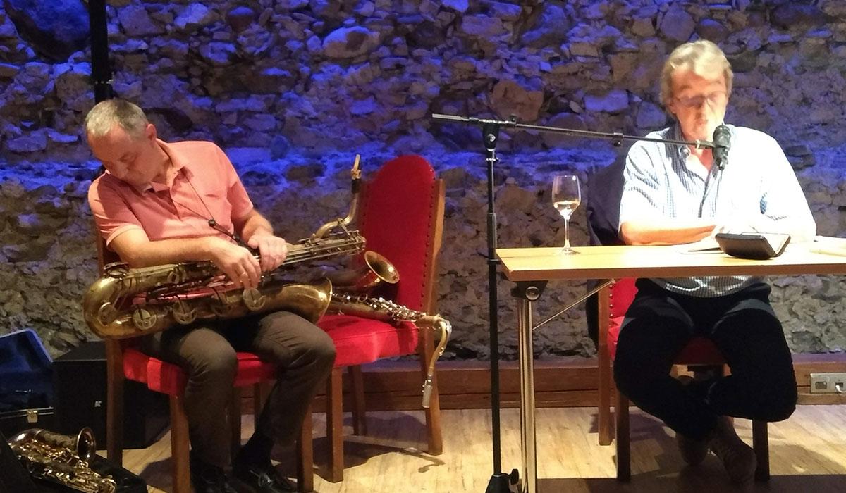 Noch ein Saxophon!