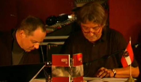 Florian Bramböck liest mit Erich Ledersberger aus dem Filzbuch 01